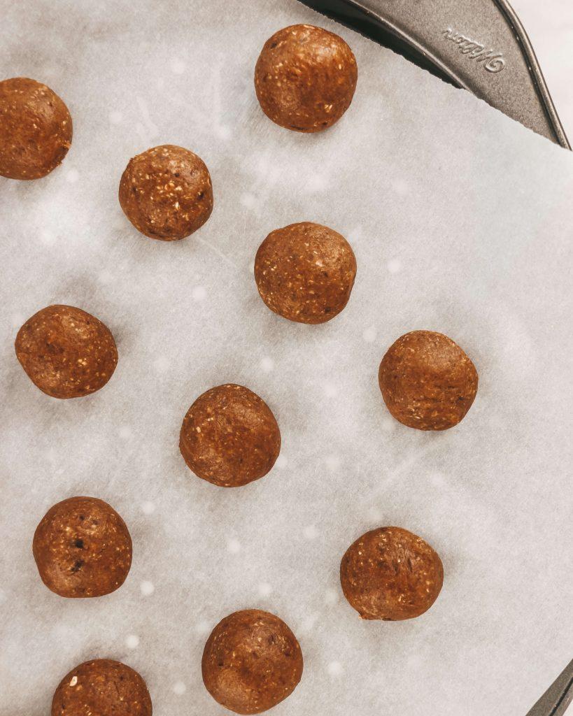 Ingredients to make almond Bliss Balls